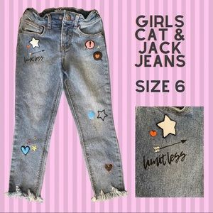 Girls Cat & Jack Jeans size 6 with cute embroidery